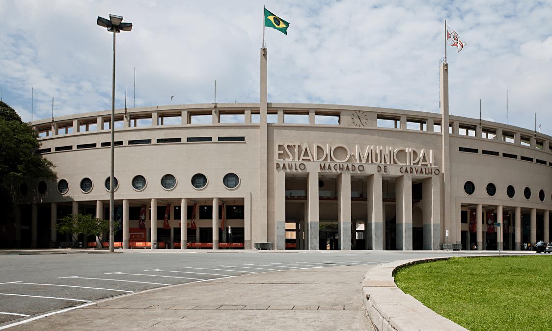 Fachada do estádio do Pacaembu, em estilo Art Déco
